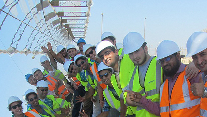 REMENA Students in front of a CSP system