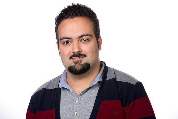 Aahkte, Mostafa