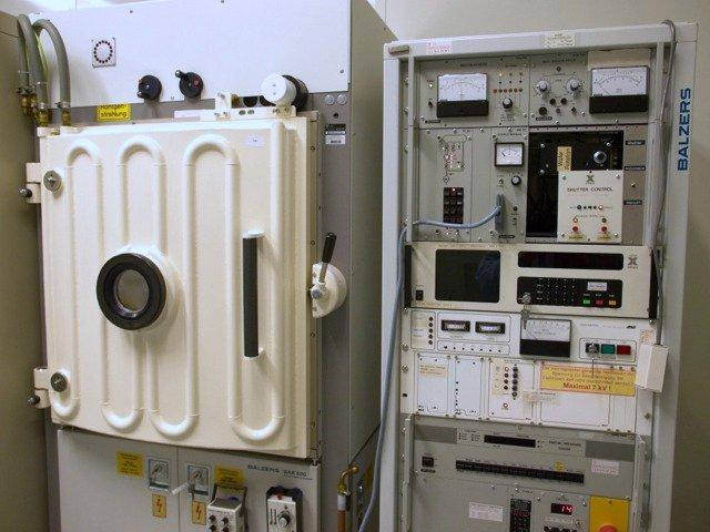 Foto: Balzers BAK 600 Aufdampfanlage