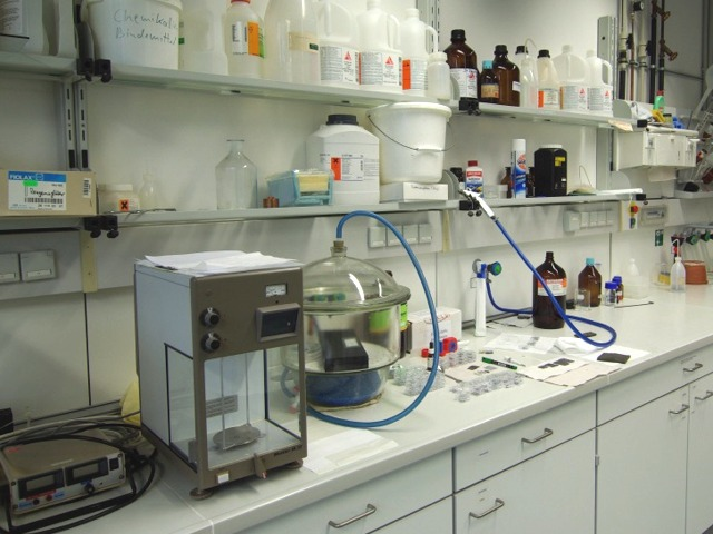 [Translate to English:] Foto: Chemielabor